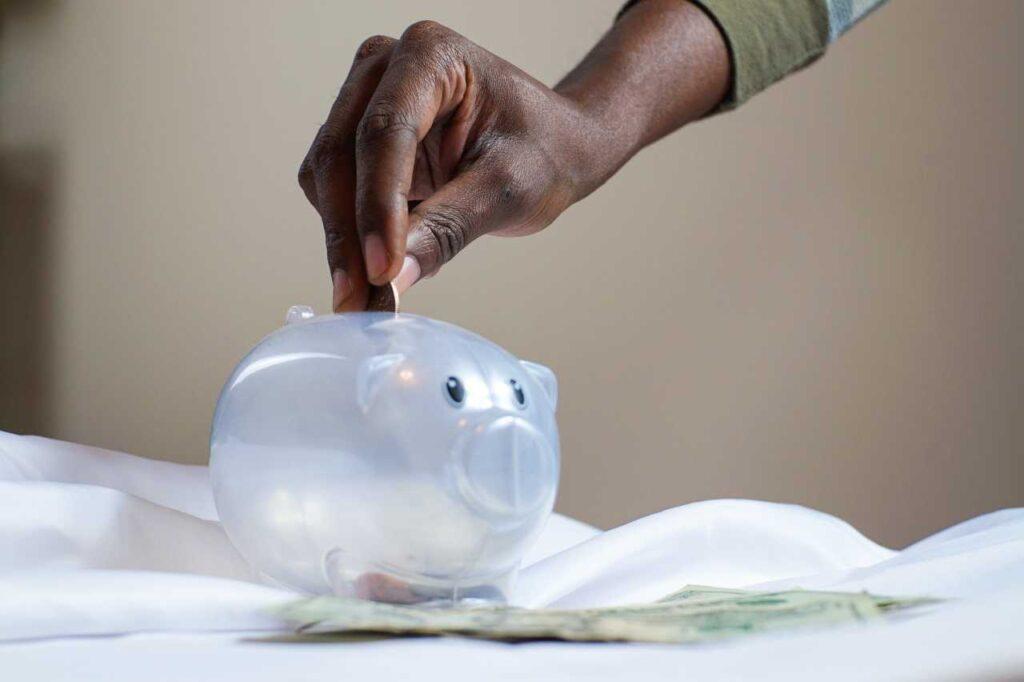 ahorrar en los recibos del agua y la luz